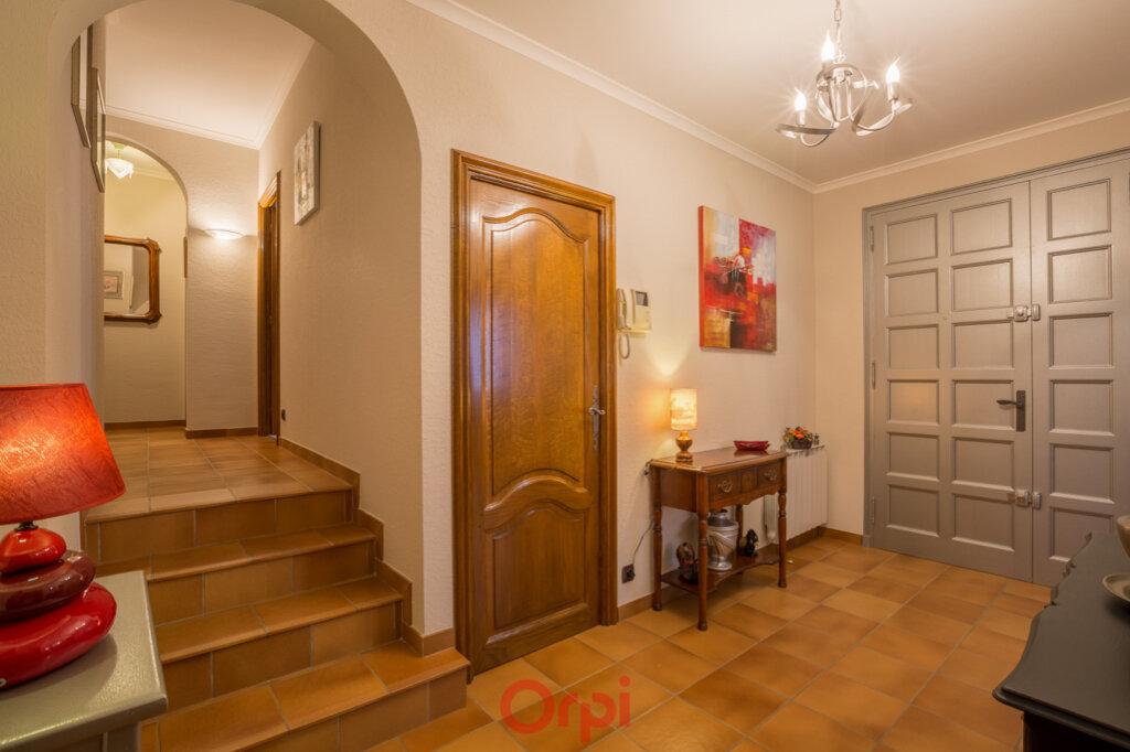 Maison à vendre 4 106m2 à Villeneuve-de-Berg vignette-5