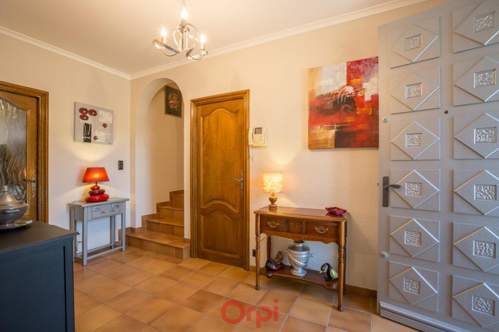 Maison à vendre 4 106m2 à Villeneuve-de-Berg vignette-6