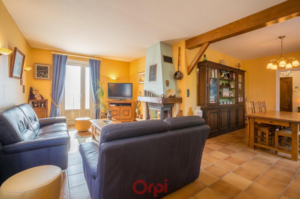 Maison à vendre 4 106m2 à Villeneuve-de-Berg vignette-8