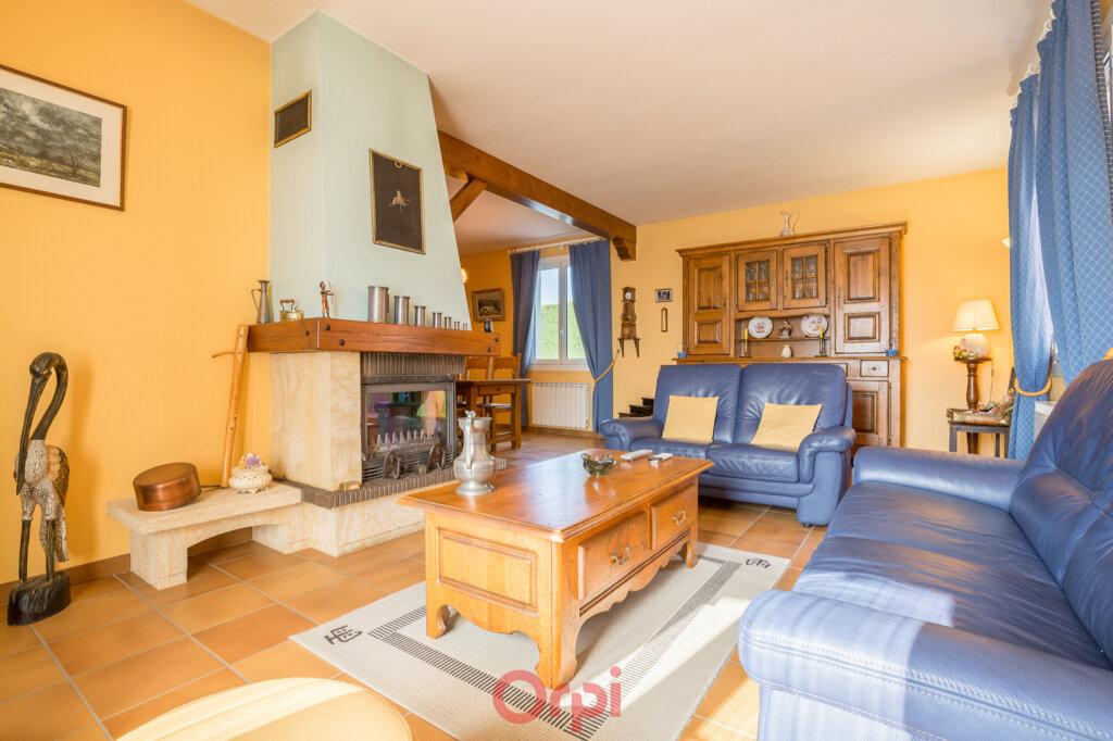 Maison à vendre 4 106m2 à Villeneuve-de-Berg vignette-9
