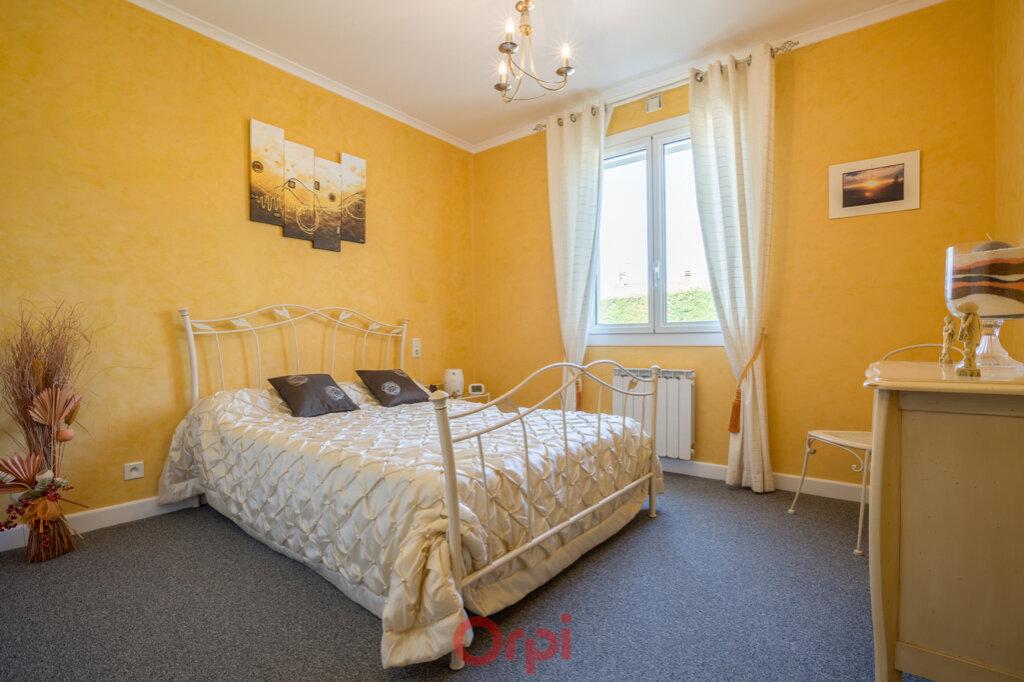 Maison à vendre 4 106m2 à Villeneuve-de-Berg vignette-13