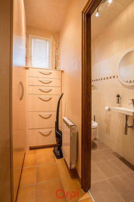 Maison à vendre 4 106m2 à Villeneuve-de-Berg vignette-15