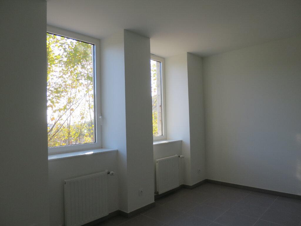 Appartement à louer 2 43m2 à Darbres vignette-3