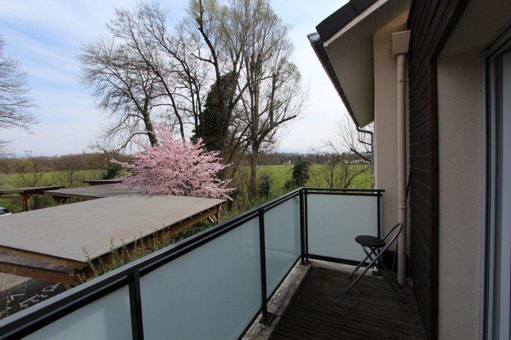 Appartement à vendre 2 43m2 à Saint-Genis-Pouilly vignette-5