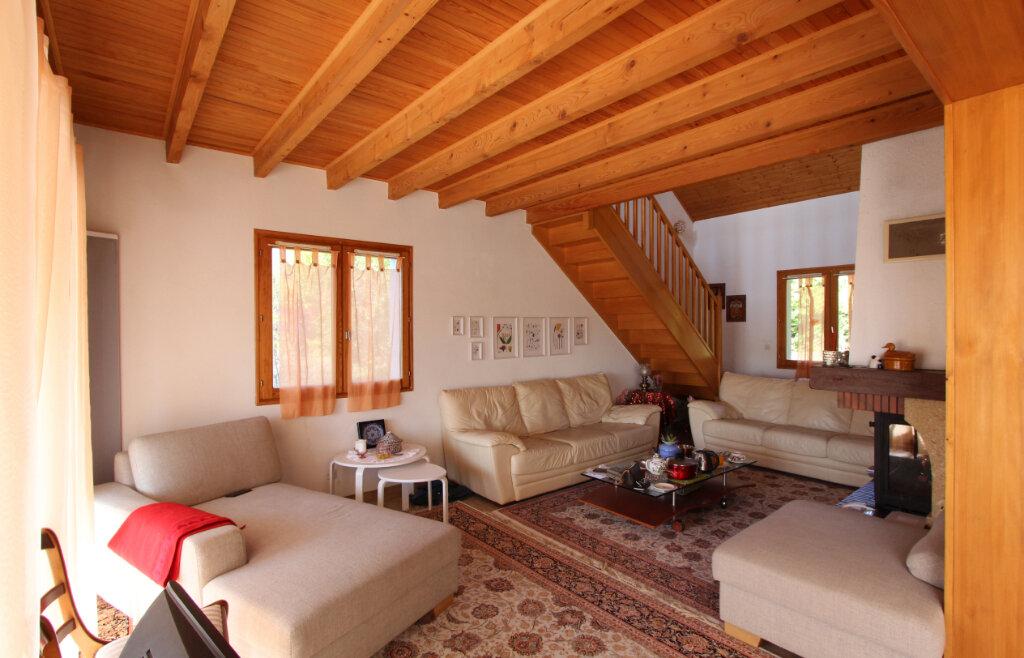 Maison à vendre 4 125m2 à Cessy vignette-1