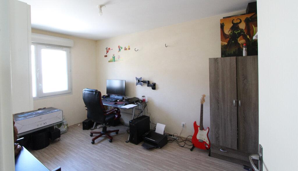 Appartement à vendre 3 63.56m2 à Gex vignette-5
