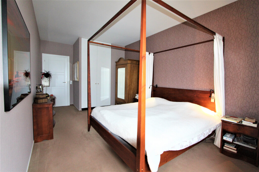 Appartement à vendre 5 257.3m2 à Saint-Genis-Pouilly vignette-7