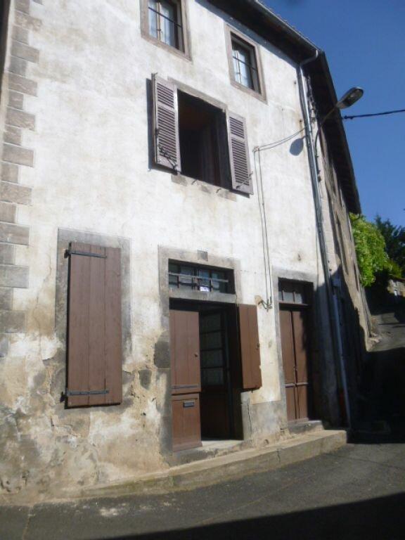 Maison à vendre 5 116m2 à Saint-Flour vignette-1