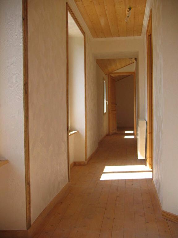 Maison à louer 5 132.2m2 à Saint-Flour vignette-8