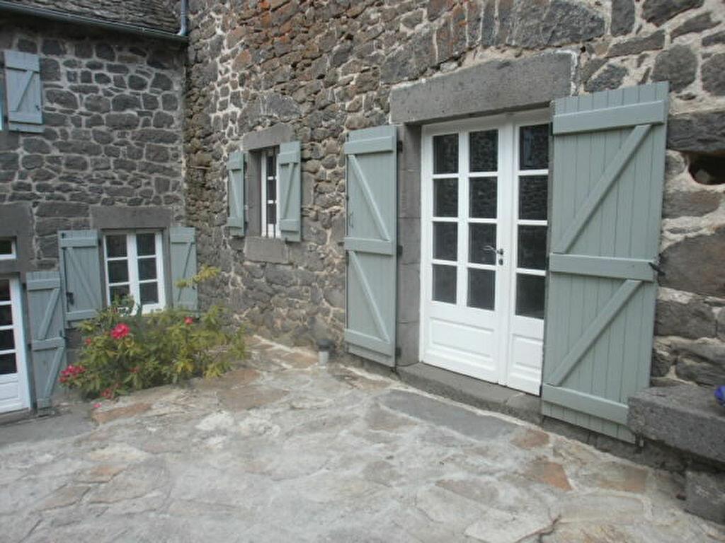 Maison à louer 7 163m2 à Les Ternes vignette-2