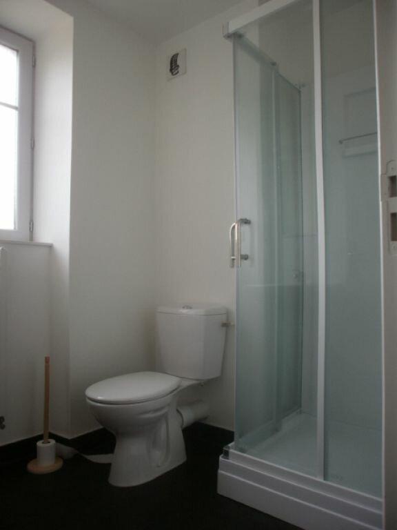 Appartement à louer 2 44m2 à Neussargues-Moissac vignette-3