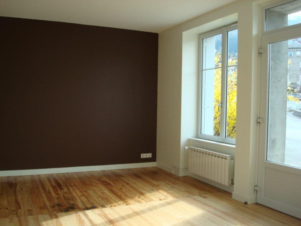 Appartement à louer 2 42m2 à Neussargues-Moissac vignette-3
