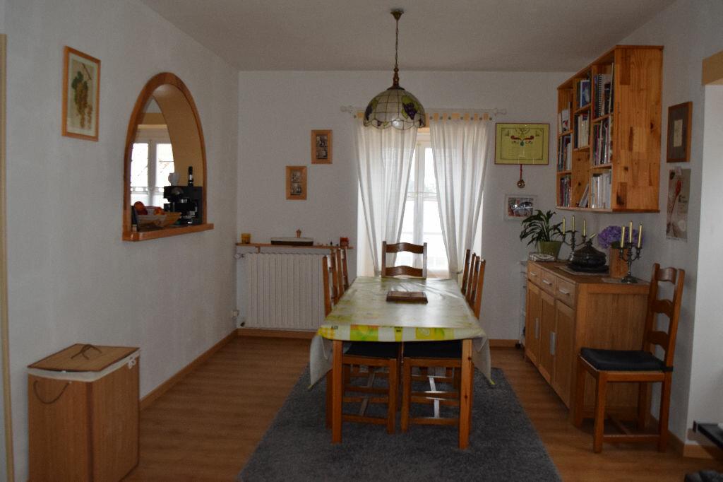 Appartement à vendre 5 104m2 à Ruynes-en-Margeride vignette-3
