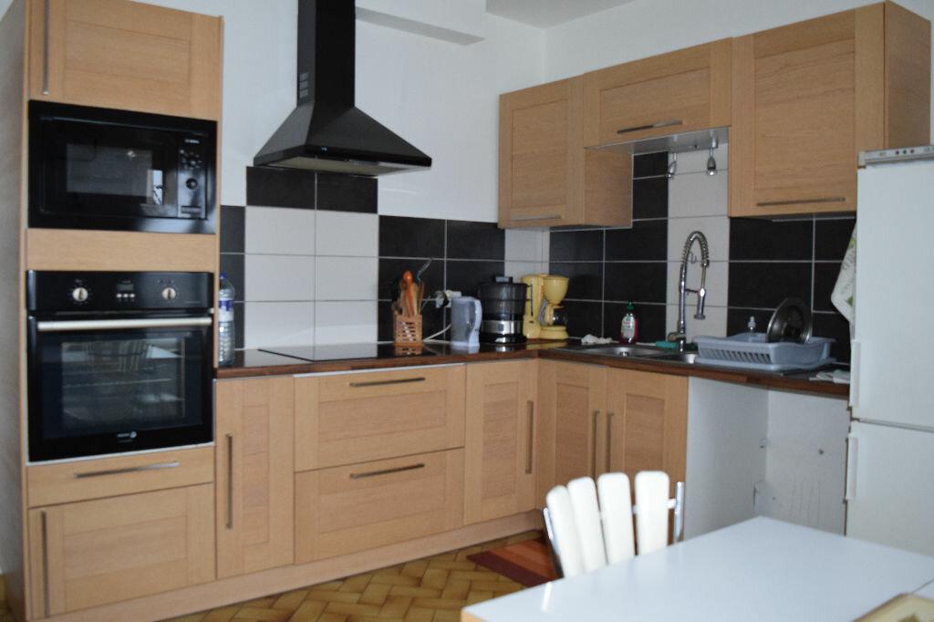 Appartement à vendre 5 104m2 à Ruynes-en-Margeride vignette-5