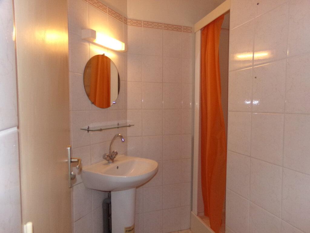 Appartement à louer 2 44.5m2 à Neussargues-Moissac vignette-7