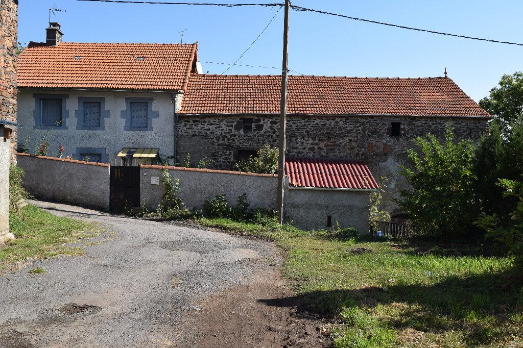 Maison à vendre 6 73m2 à Massiac vignette-1