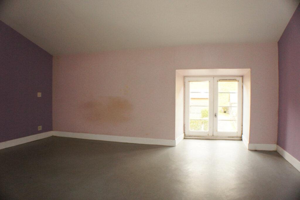 Maison à vendre 3 82m2 à Saint-Flour vignette-5