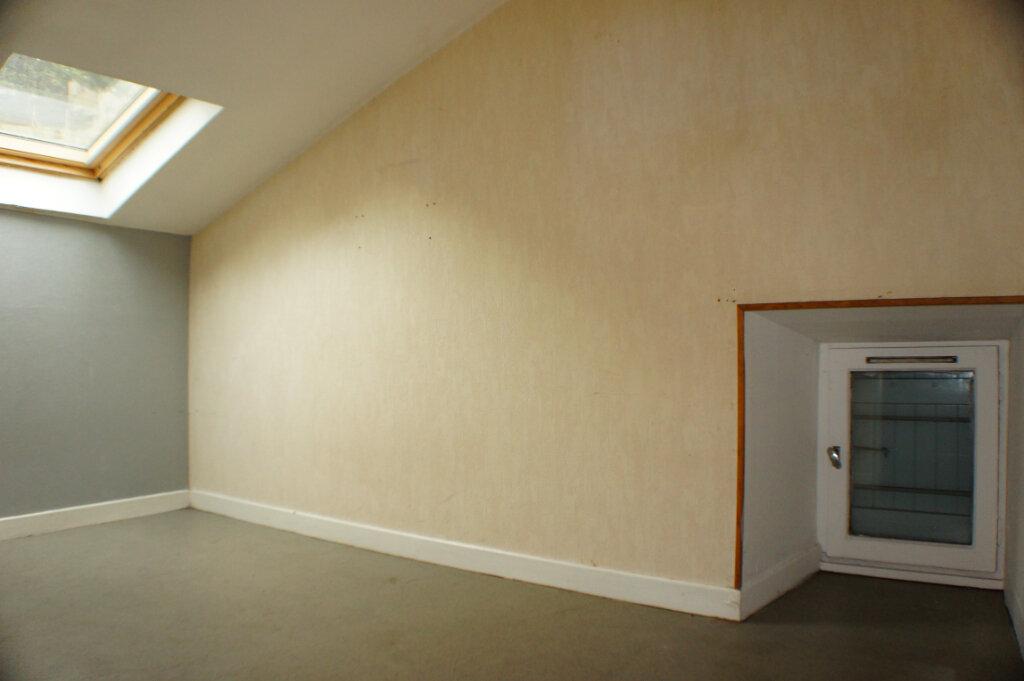 Maison à vendre 3 82m2 à Saint-Flour vignette-6