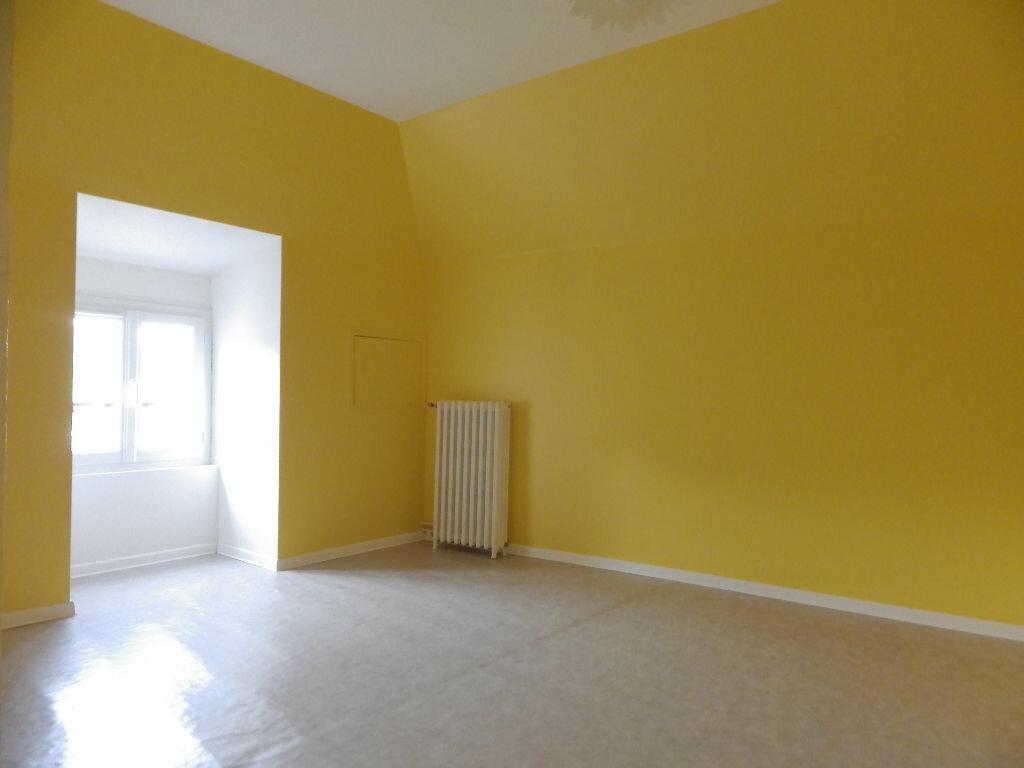 Maison à louer 4 77.9m2 à Chaudes-Aigues vignette-7