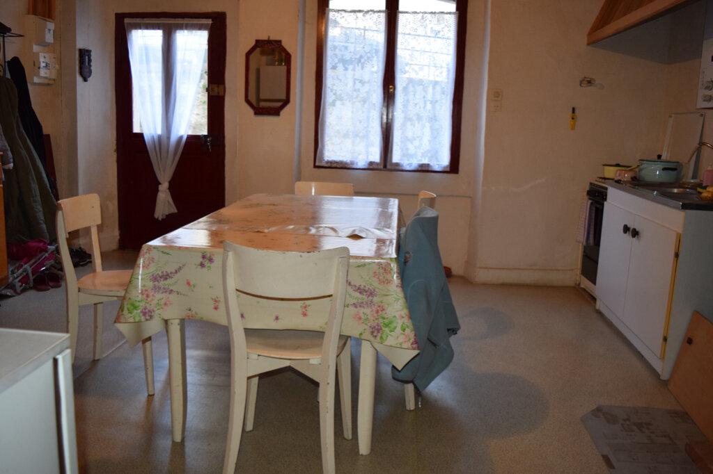 Maison à vendre 4 92m2 à Massiac vignette-2