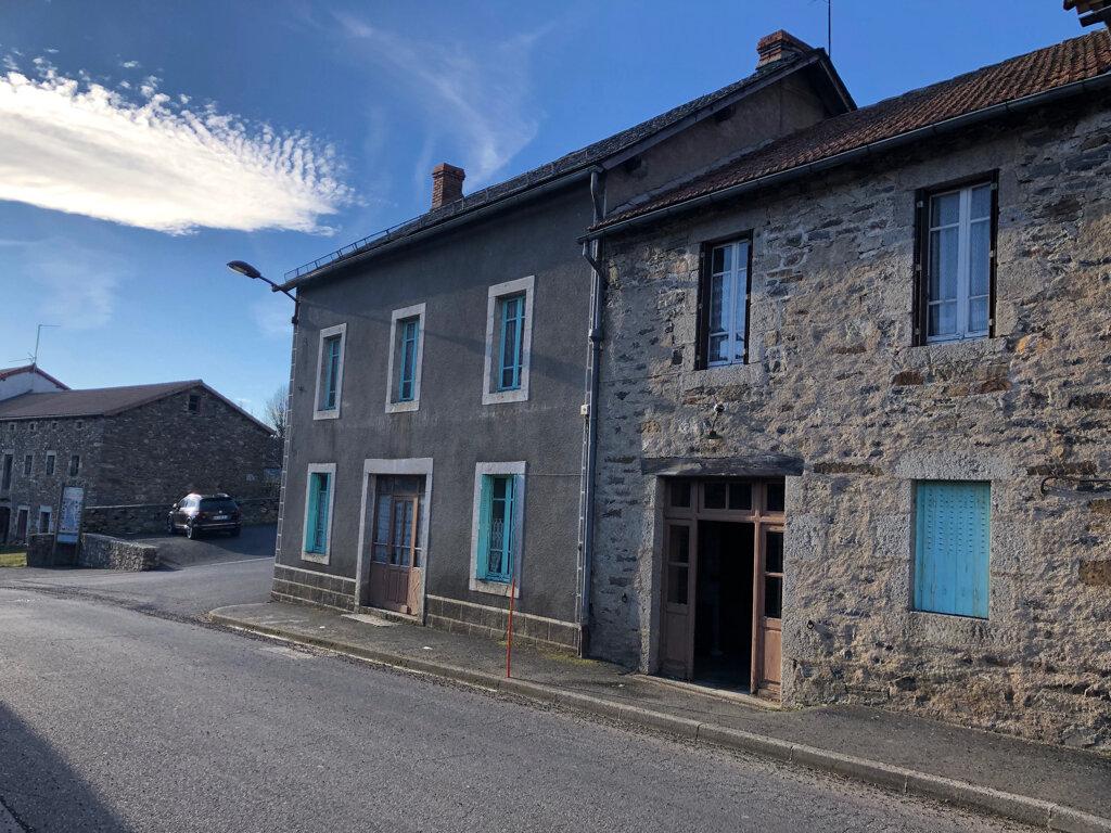 Maison à vendre 9 214m2 à Clavières vignette-1