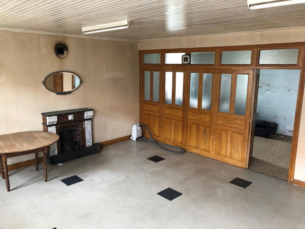 Maison à vendre 9 214m2 à Clavières vignette-3