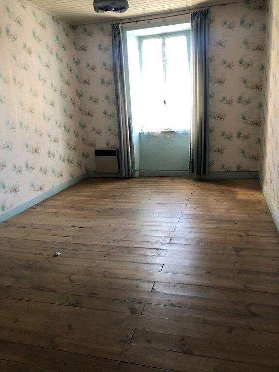 Maison à vendre 9 214m2 à Clavières vignette-5