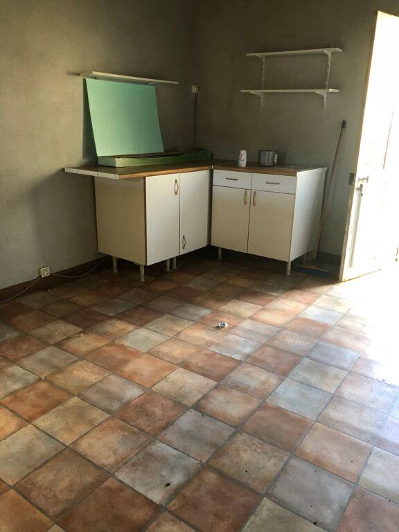 Maison à vendre 9 214m2 à Clavières vignette-9
