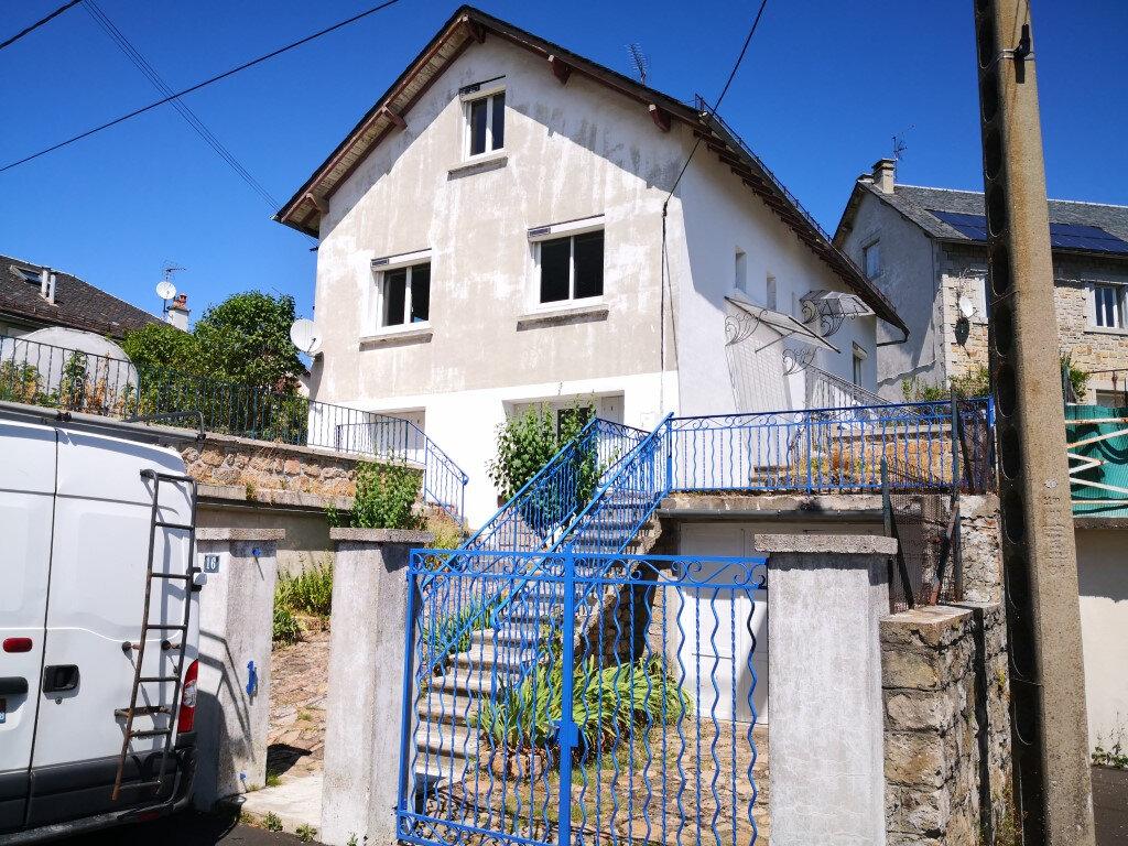 Maison à louer 7 98.87m2 à Saint-Chély-d'Apcher vignette-1