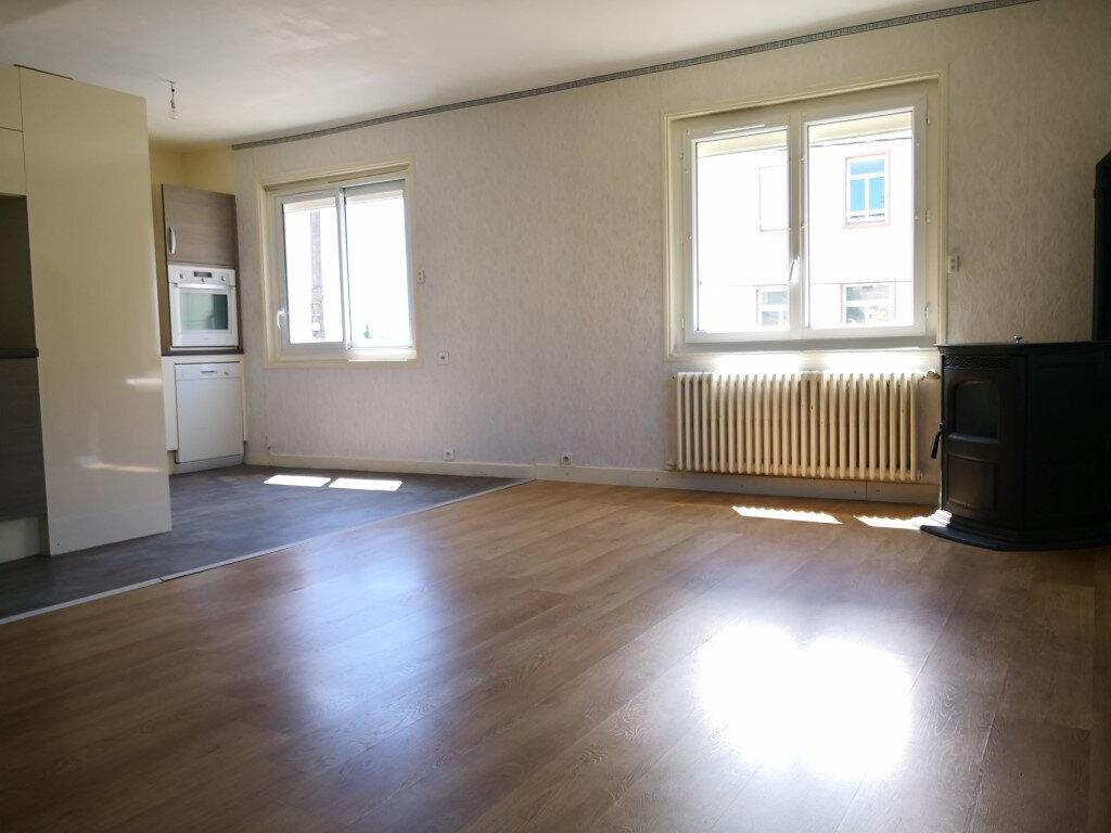 Maison à louer 7 98.87m2 à Saint-Chély-d'Apcher vignette-4