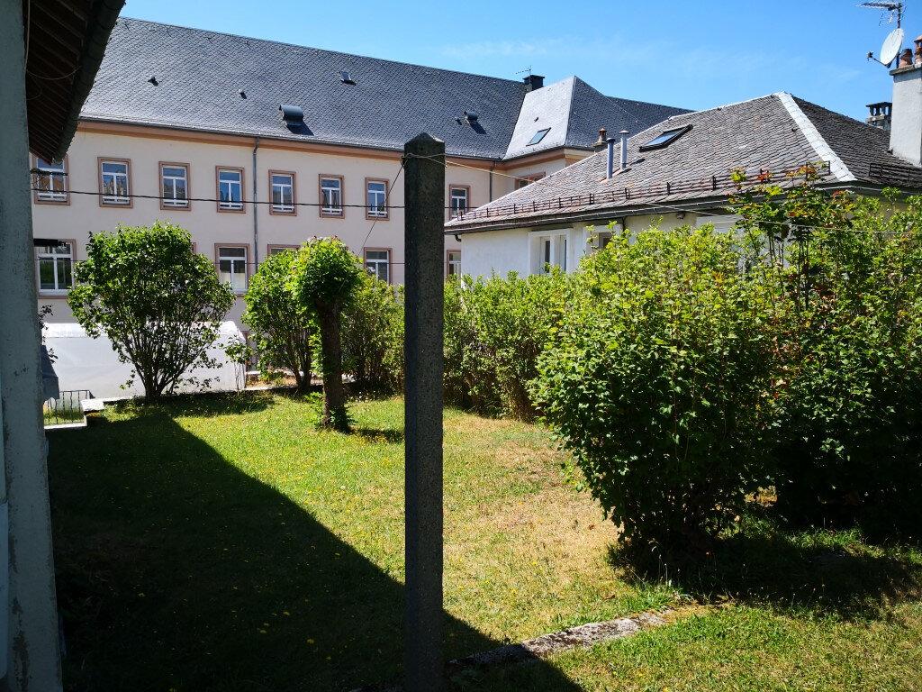 Maison à louer 7 98.87m2 à Saint-Chély-d'Apcher vignette-17