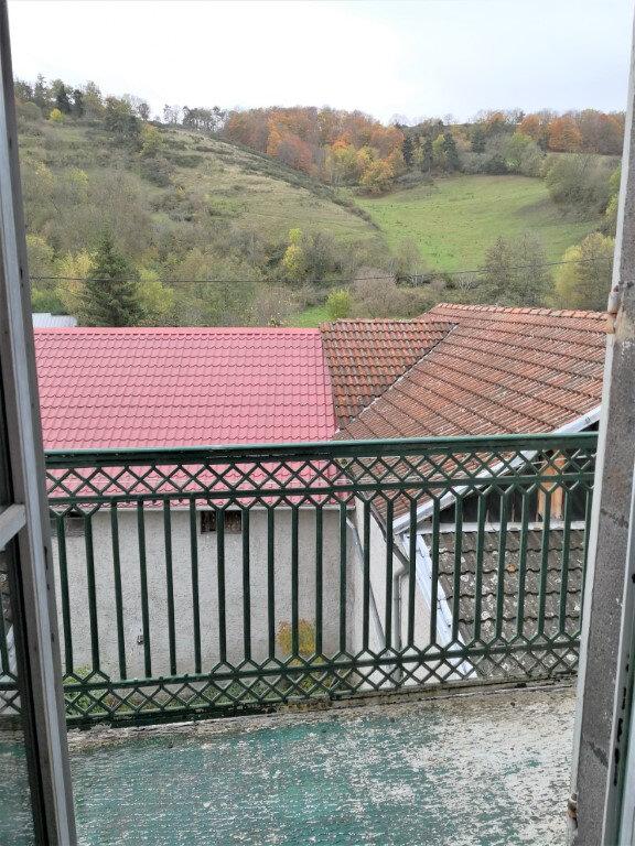 Appartement à louer 3 60m2 à Saint-Flour vignette-8