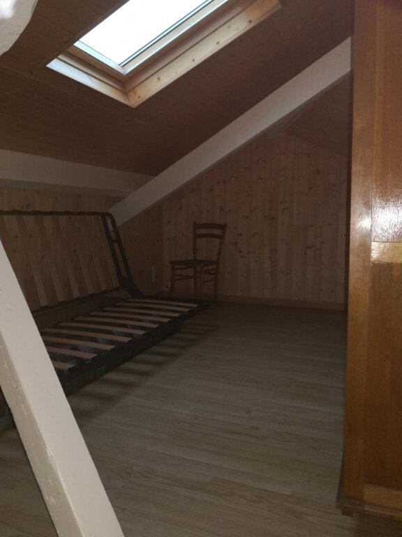 Appartement à louer 1 23.2m2 à Saint-Flour vignette-5