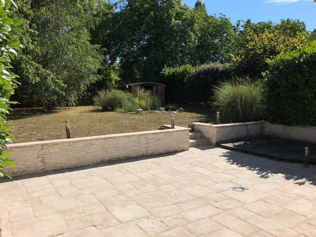 Maison à louer 5 122m2 à Challuy vignette-11