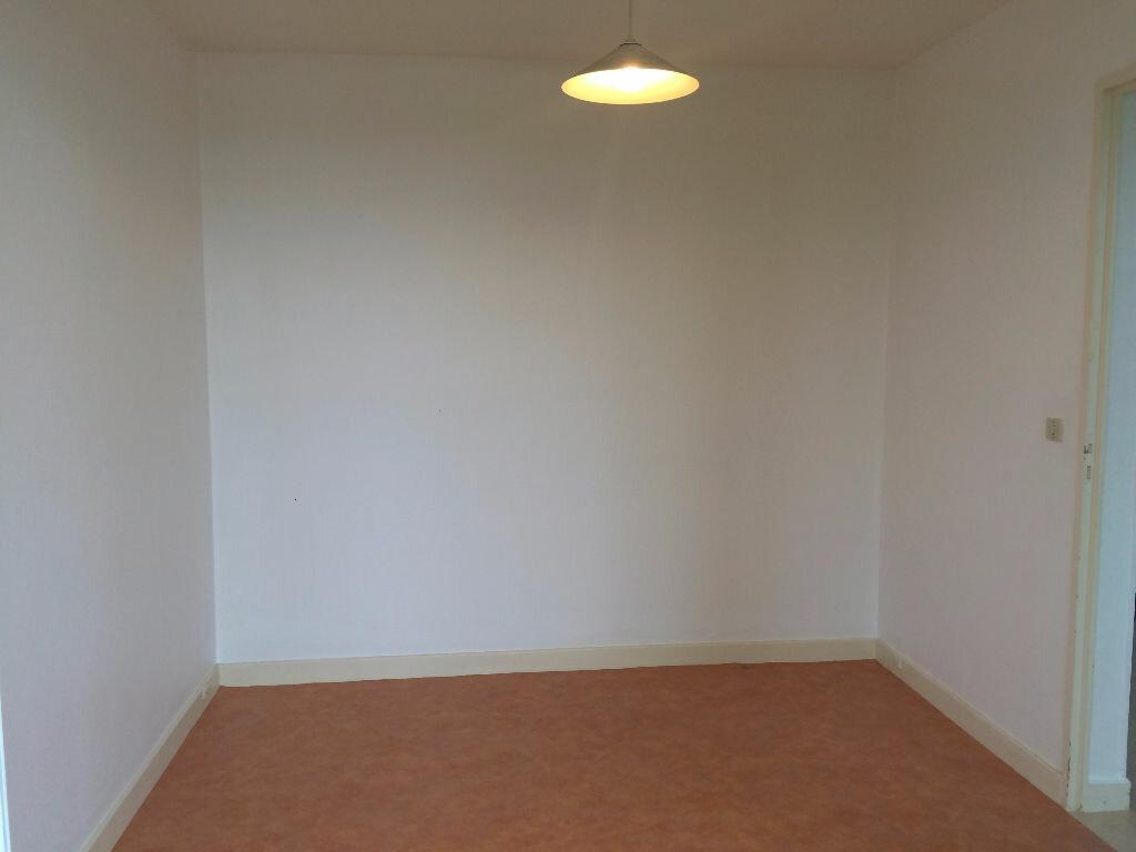 Appartement à louer 2 45.73m2 à Nevers vignette-6