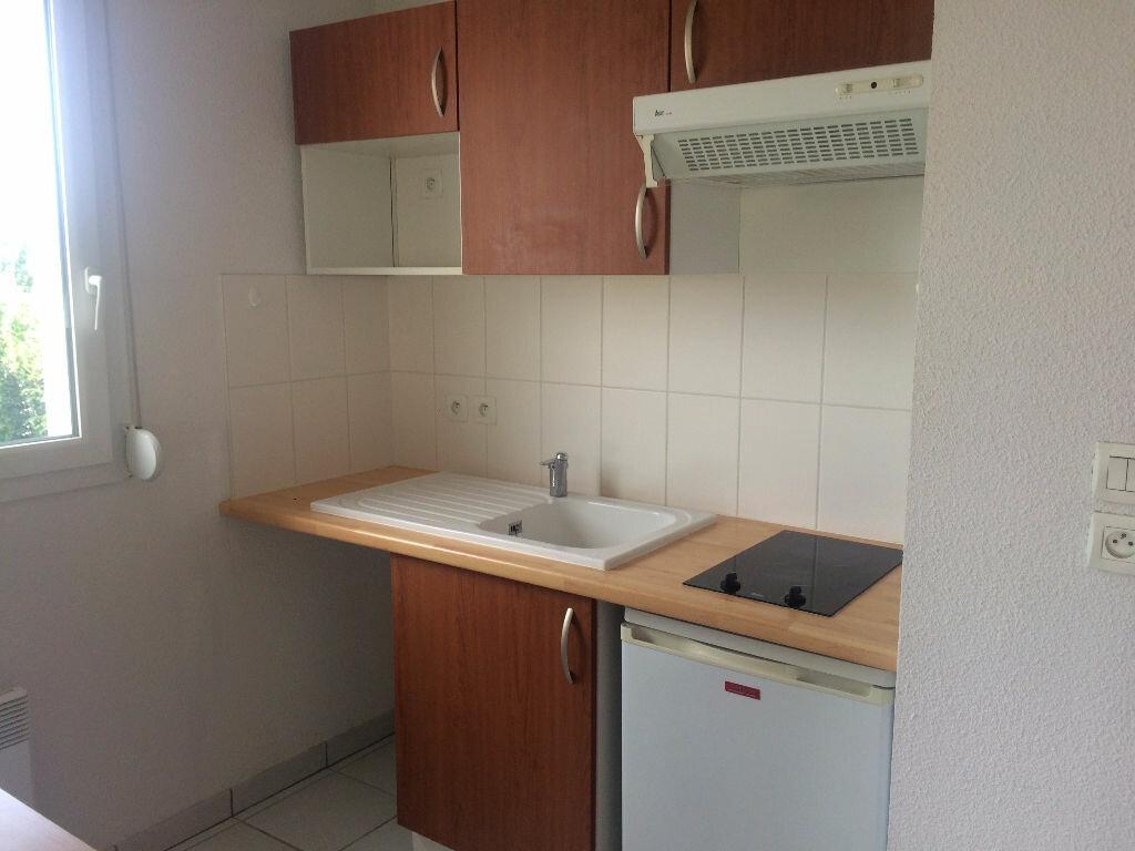 Appartement à louer 2 38m2 à Nevers vignette-6