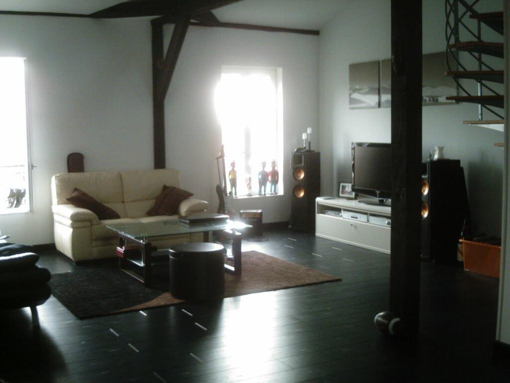 Appartement à louer 3 110m2 à Bourges vignette-1