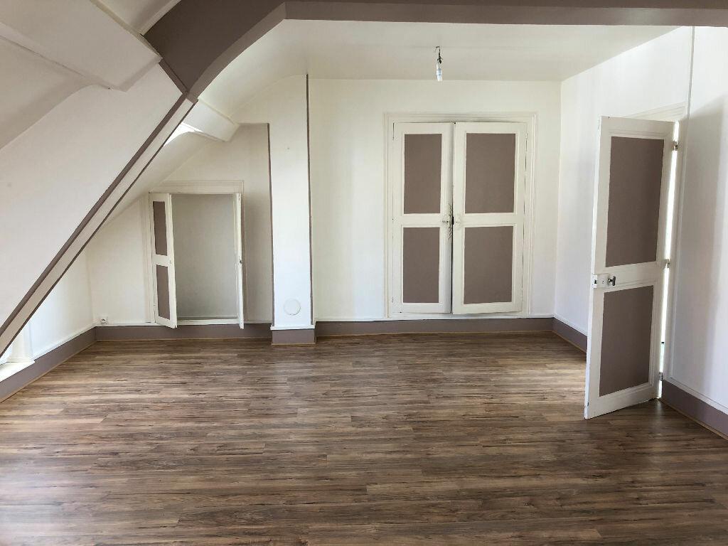 Appartement à louer 2 71m2 à Nevers vignette-5