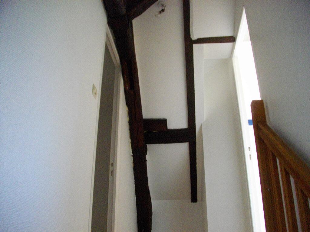 Appartement à louer 3 45.55m2 à Vierzon vignette-6