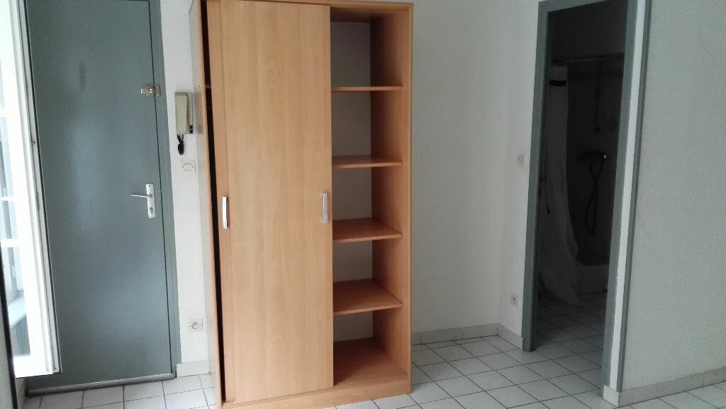 Appartement à louer 1 18m2 à Nevers vignette-7