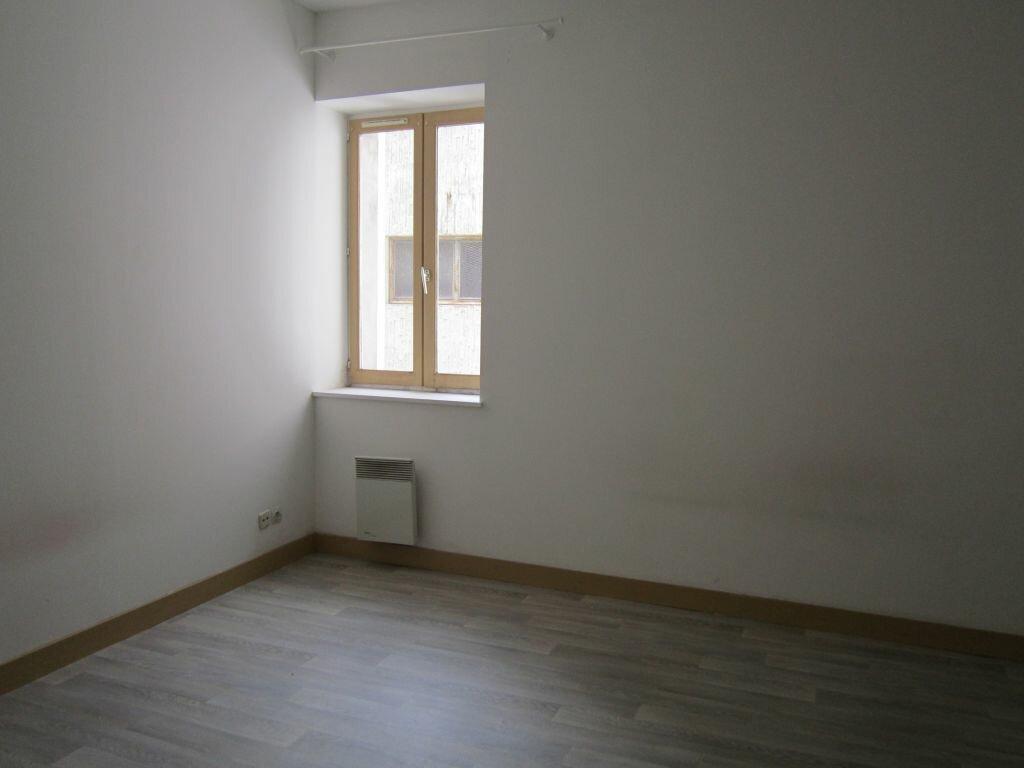 Appartement à louer 6 141.67m2 à Nevers vignette-5