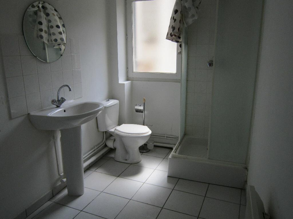 Appartement à louer 6 141.67m2 à Nevers vignette-7