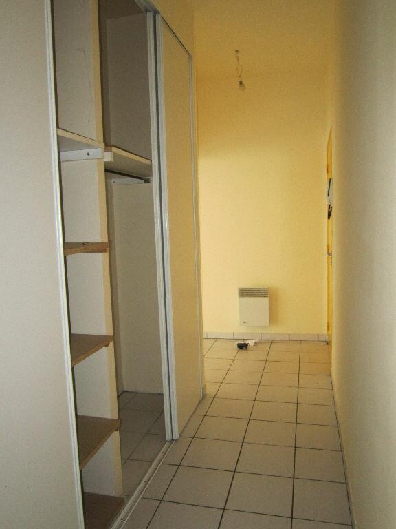 Appartement à louer 6 141.67m2 à Nevers vignette-10