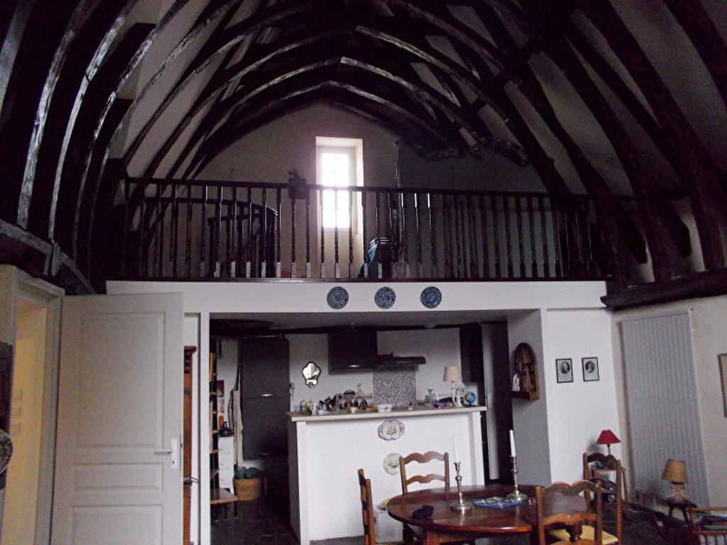 Appartement à louer 4 105m2 à Bourges vignette-1