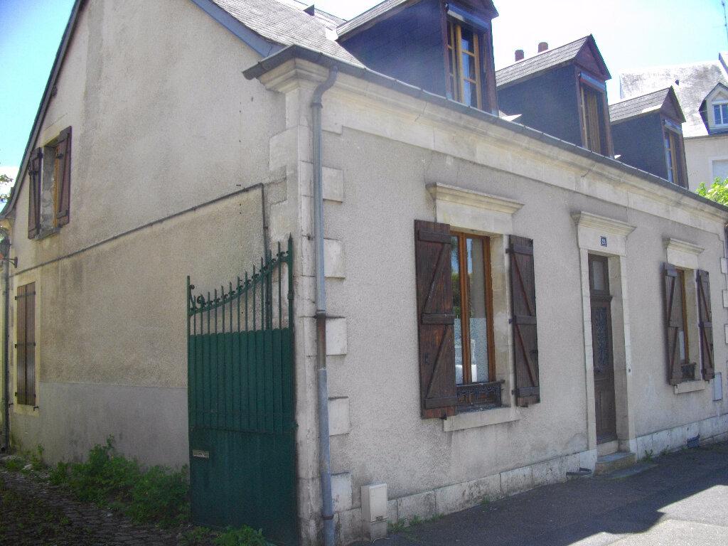 Maison à louer 6 130m2 à Bourges vignette-1