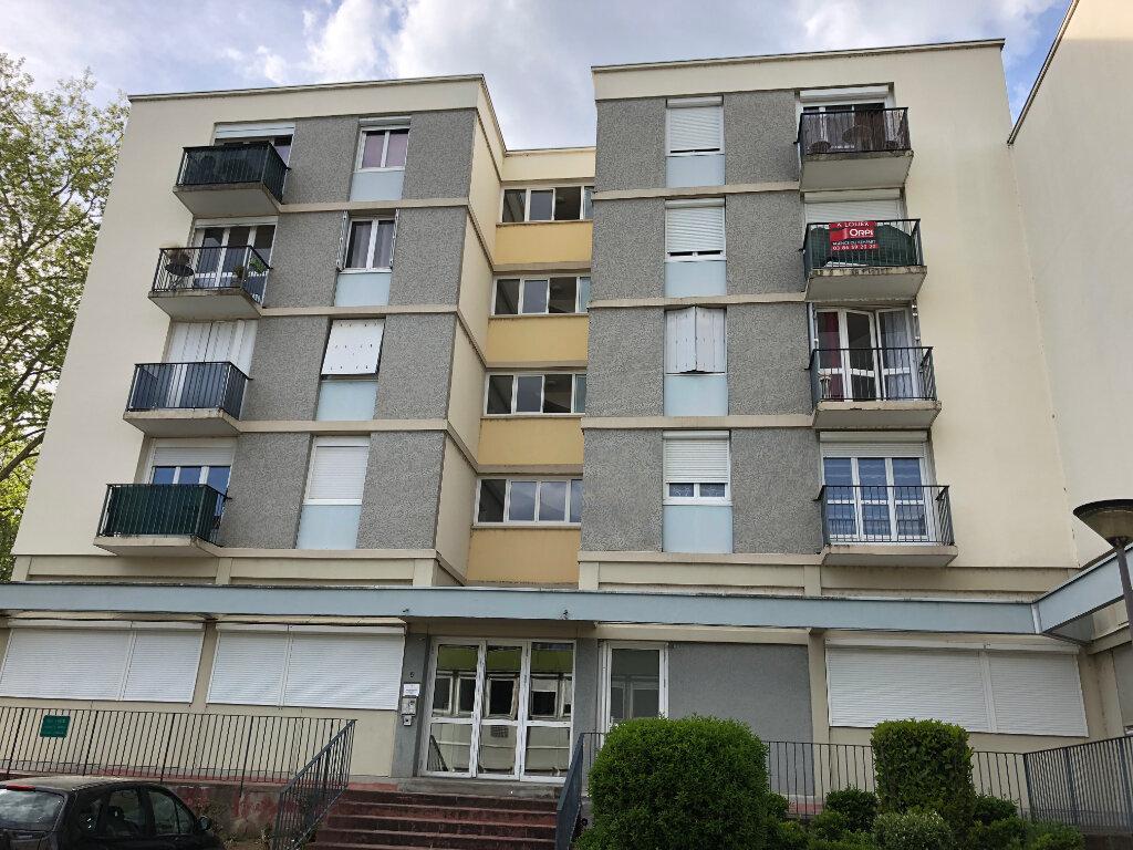 Appartement à louer 2 45.25m2 à Nevers vignette-4