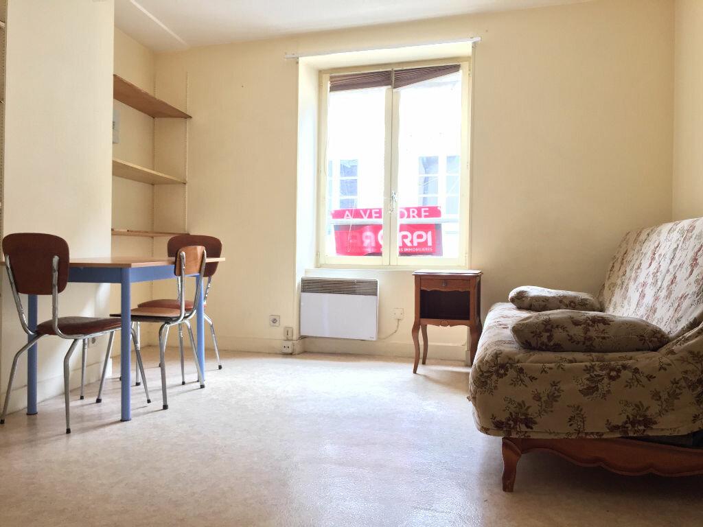 Appartement à louer 1 16m2 à Nevers vignette-2