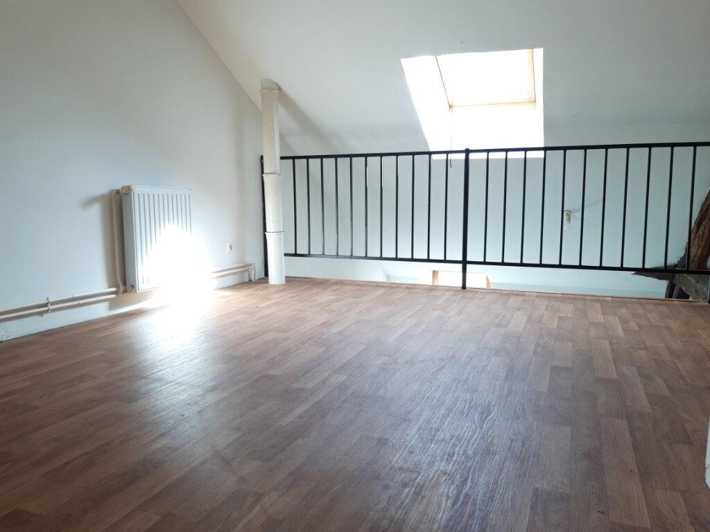 Appartement à louer 2 51.5m2 à Nevers vignette-3