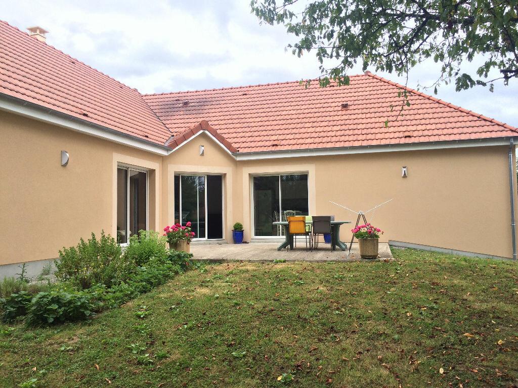 Maison à louer 5 148.41m2 à Coulanges-lès-Nevers vignette-6