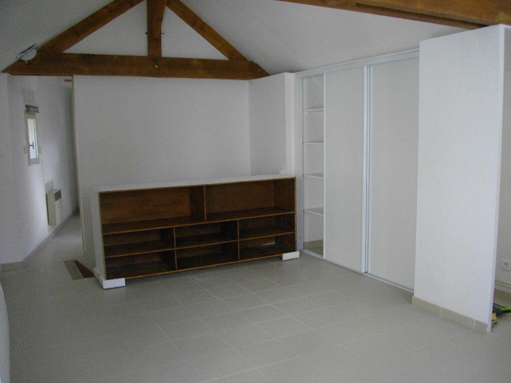 Maison à louer 2 37.72m2 à Bourges vignette-2